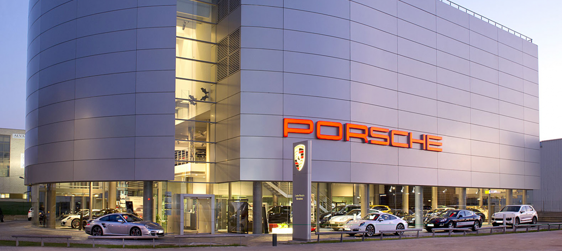 PORSCHE | DEALERSHIP