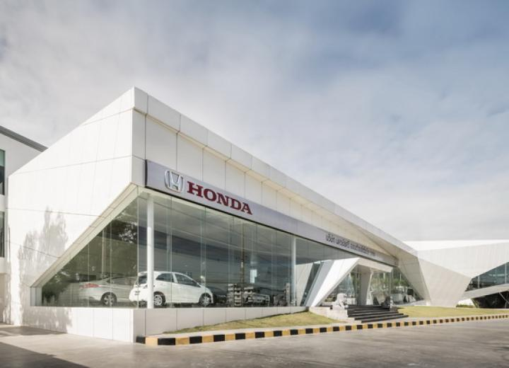 Dubai's Honda Car Showroom